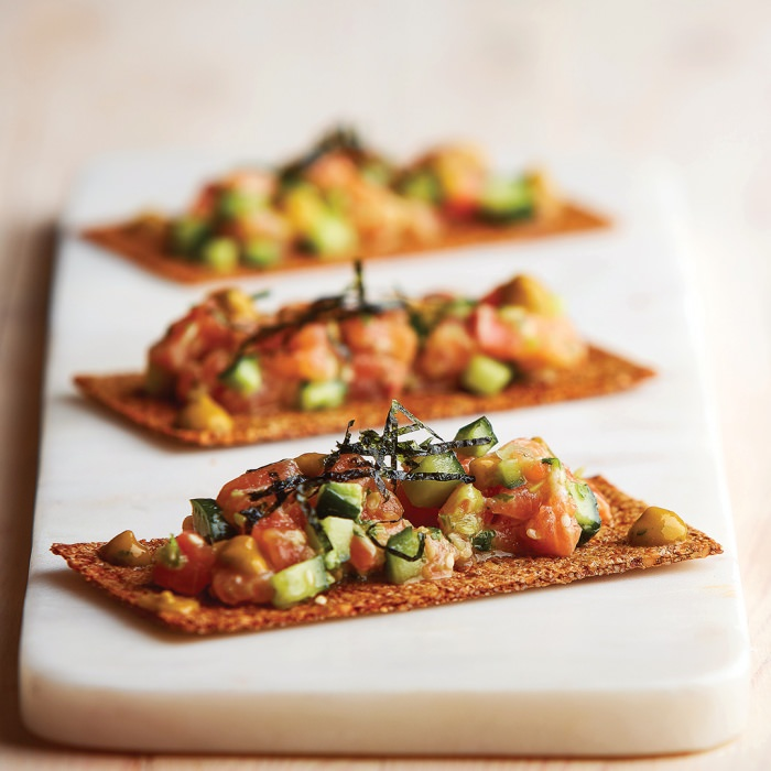 Cashew, Seed & Wasabi Crackers with Salmon Tartare & Spicy Papaya Dressing