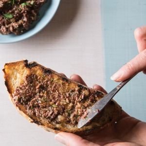 Olive & Fig Tapenade
