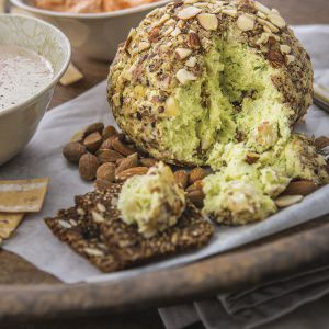 Almond Cheeseball